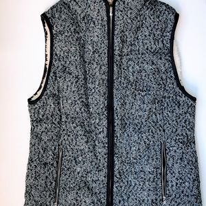 Mia and Tess NWT Sherpa lined Zip Navy Tweed vest size Sm